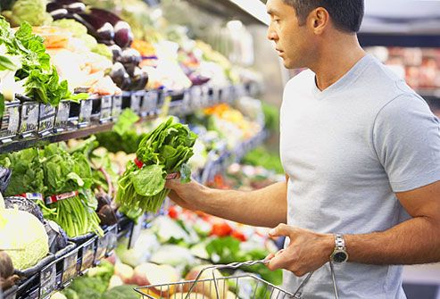 Marriage material men doing grocery shopping