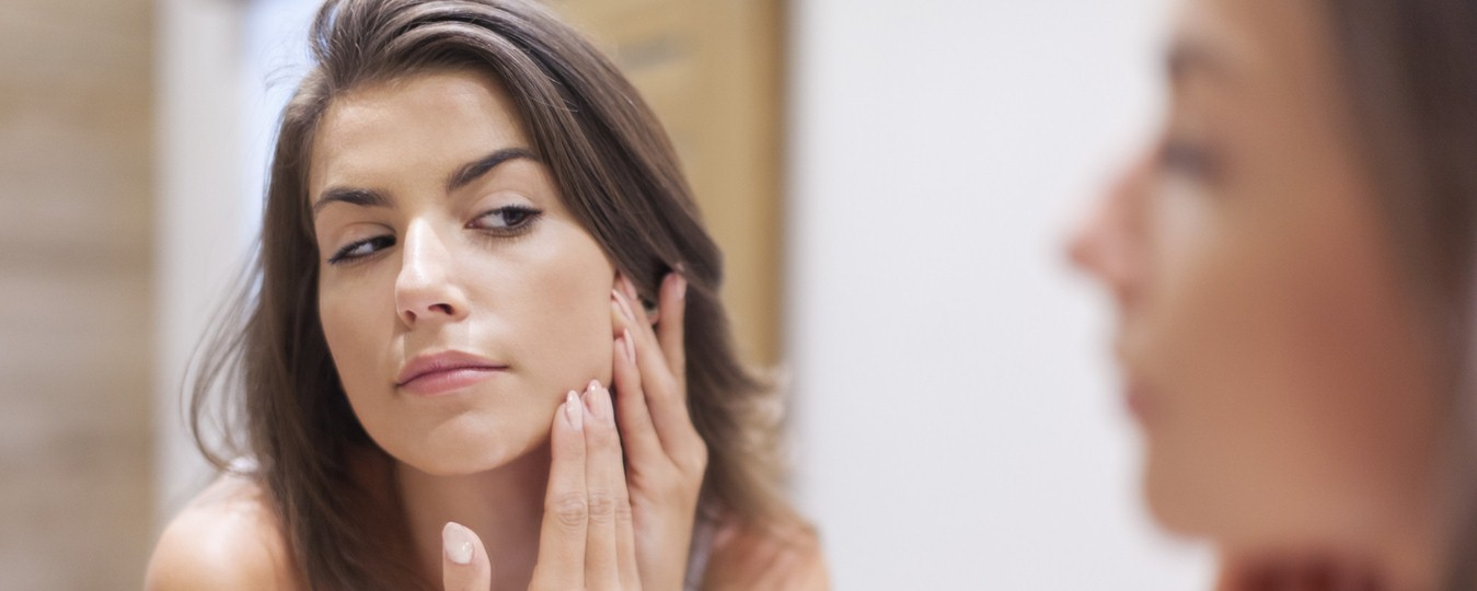 10 Ways To Get Rid Of Pimples In A Jiffy