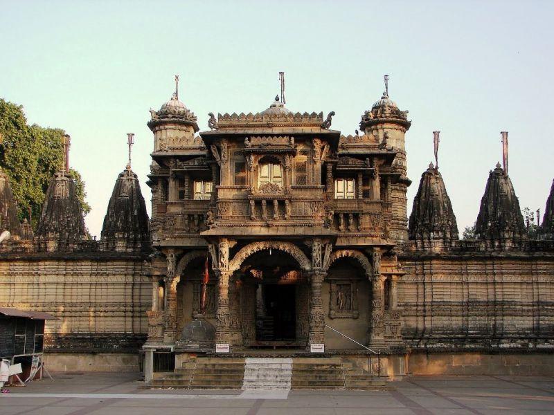 dharmanath-jain-temple