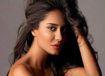 Lisa haydon Vegetarian Actors by birth